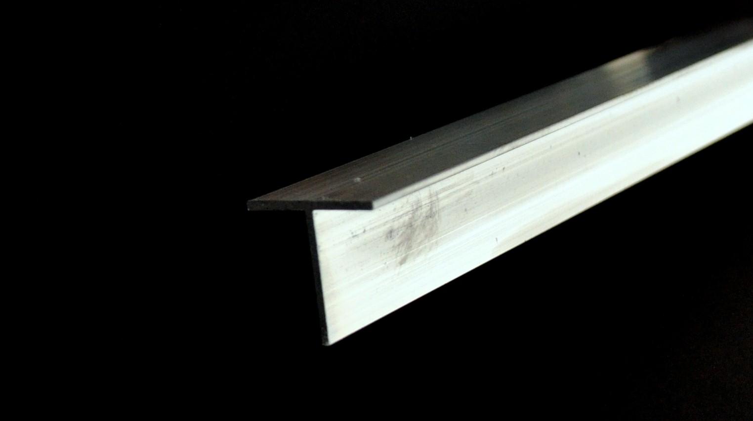 3. DSC_0466_a – Please Lighten Picture (Code -T-Sec, Description – T Section, Measurement – 25mm X 25mm X 1.6mm, Length~1